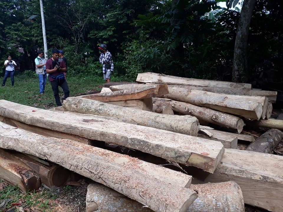 LUMBER PRODUCTS SEIZED IN SAN ISIDRO, IRIGA CITY